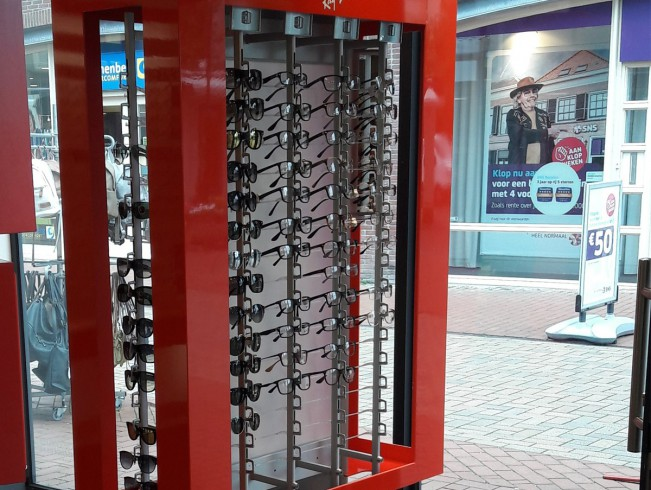 Specialist in displays voor brillen